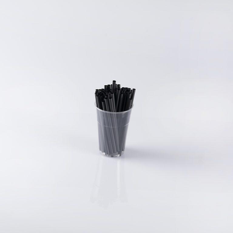Cannuccia in plastica, ideale per sorseggiare le bevande preferite