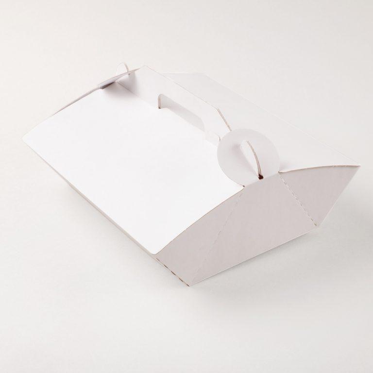 Contenitore porta paste/torte in grado di contenere delle dolci sorprese