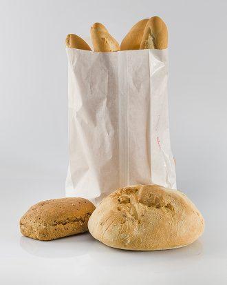 Sacchetto di carta naturale, in pura cellulosa. Adatto alla conservazione di alimenti, ideale per il pane